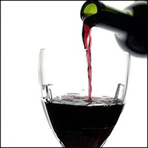 http://hispanicfanatic.files.wordpress.com/2009/08/red-wine.jpg?w=300&h=300