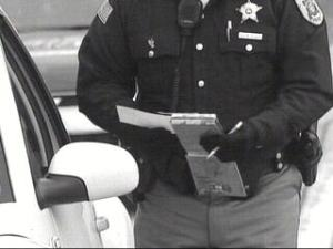 police-officer-pulled-over-ticket